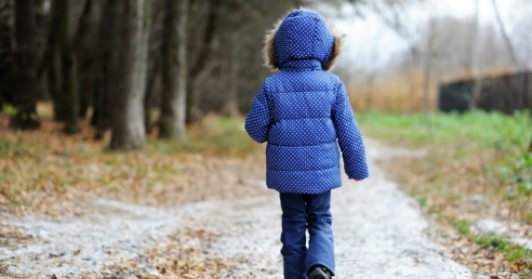 At What Age Can Kids Walk Alone